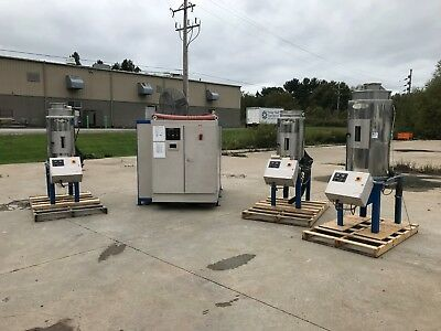 Material dryer system STERLING SDA1000 And hoppers ACS 1000lbs per hour