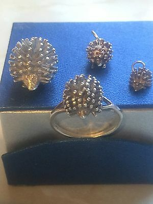 Hedgehog-Fine Sterling Silver Ring And 3 Matching Charms Set
