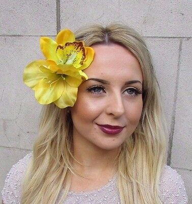Double Yellow Lily Orchid Flower Hair Clip Rockabilly 1950s Fascinator Vtg 3050