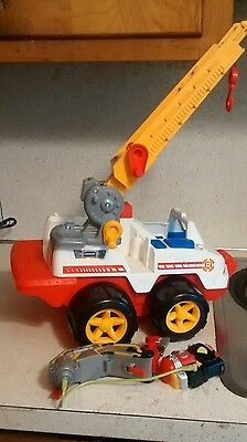 Rescue Heroes Emergency Fire Truck Vehicle & apparatus1998 Fisher Price vgu