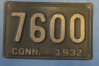 1932 Connecticut license plate nice number 7600