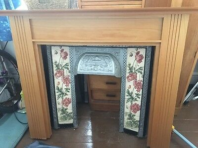 VICTORIAN TILED CAST IRON Ashby FIREPLACE WITH OLD PINE SURROUND