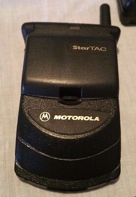 Motorola StarTac Digital Flip Cell Phone AT&T Fully Working Charger + Extras