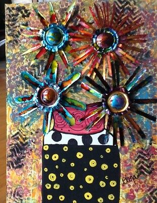 Danas soda pop art!pop art full of color and includes soda can flowers !