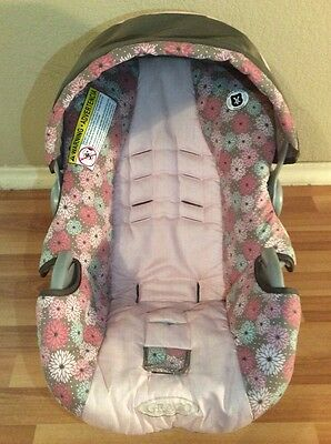 Graco SnugRide 22 30 Baby Girl Infant Car Seat Cushion Cover Canopy Pink Flowers