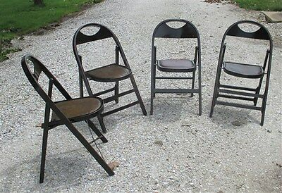 Set of 4 Wood Folding Chairs Church Funeral Home Wedding Concert Patio Picnic x