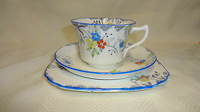 Attractive Vintage Sutherland China Art Deco Style Trio - Floral Design
