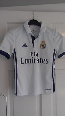 NEW Real Madrid Home 2016-17 Football Shirt 7 - 8 years