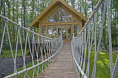 Family Best Tree House In Britain Uk Holidays Boat Included 5* Lakeside