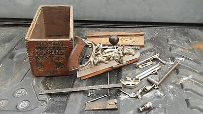 Stanley No. 45 Combination Plane  with Blades / Cutters & Box For missing cover.