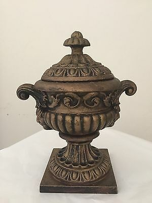"""Antique Victorian Cast Iron """"crowley & Co """" Lidded Urn Manchester.1826"""