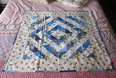 Handmade Patchwork Quilt Throw Rug Triangle  Squares Material Sewing Fabric