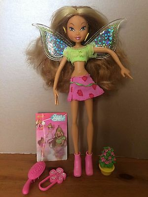 """Flora Winx Club 9"""" bendy poseable Doll 2004 light up,magnetic wings,accessories"""