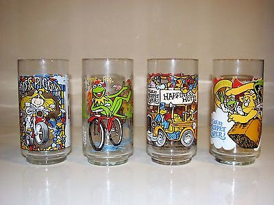 1981 Mcdonalds  GREAT MUPPET CAPER Complete Set of x4 GLasses Display Quality