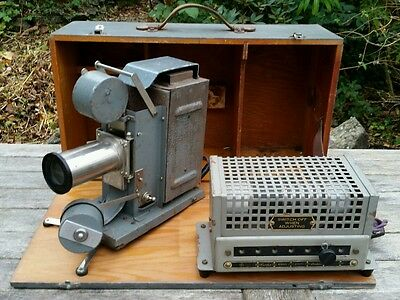 Vintage Ellis & Newton Cine Film Projector With Curtis Mains & Wooden Case