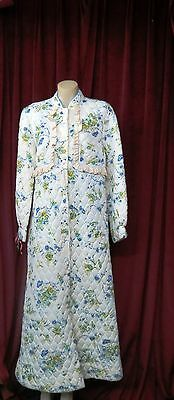 60's True Vintage Pretty yellow with Blue Cornflowers Quilted Dressing Gown.