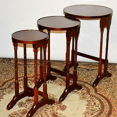 Antique Style mahogany Nest of 3 Coffee Wine Tables - FREE Shipping [PL3499]