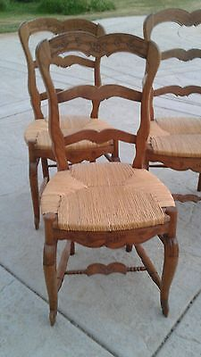 Vintage Set of 6 Oak Country French Carved Rush Seat Ladderback Dining Chairs