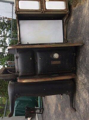 WORKING Antique 1930's Porcelain stove for use, restoration required.