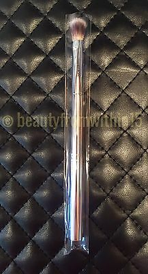 It Cosmetics for Ulta FLAWLESS ALL-OVER SHADOW Airbrush Makeup Brush Brand NEW!