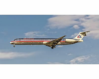 American Airlines MD-80 Photo Poster 10x20 (APPM10032)