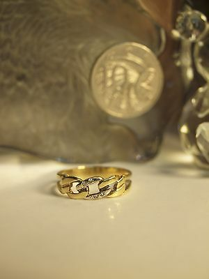 9Ct Yellow Gold Ladies Chain Link Ring With Diamonds / Size : S 1/2