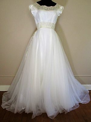 Vintage 1950s Cahill Beverly Hills Wedding Dress Gown white tulle silk trim XS/S