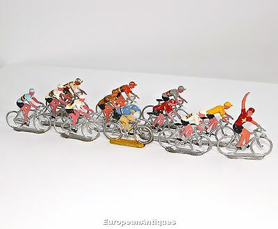 Vintage 1940-1960 Racing Cyclist Diorama Toy bicycle cycling Tour de France Race