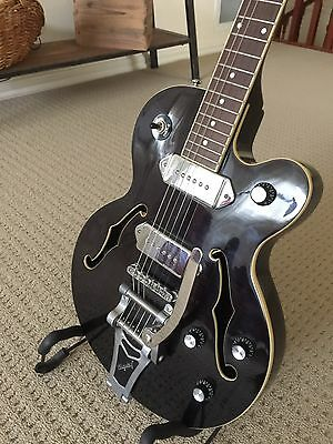 Epiphone WildKat Electric Guitar with Bigsby. Guitar & Hardcase - Vic
