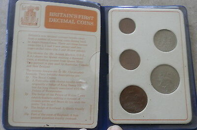 Britain's first decimal coins 1971 Decimal Day presentation pack