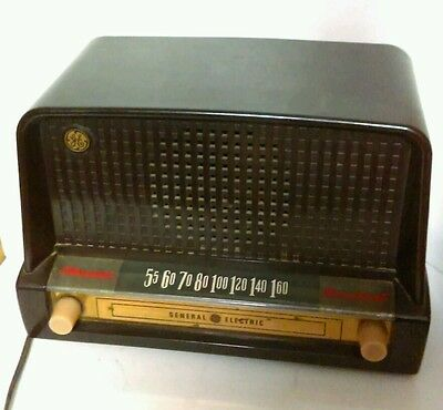 GE General Electric Vintage Tube Radio Standard Broadcast Bakelite Cellul. Works