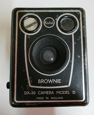 Vintage Kodak Brownie Six-20 Camera - Model D - Black & Silver - Made in England