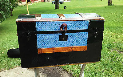BlackDog Antique Steamer Trunk Dome Top Victorian Chest Stagecoach  C:1800 Blue