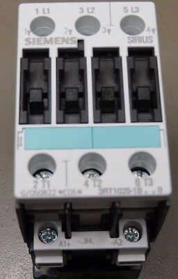 Siemens 3RT1025-1BB40 Contactor 3 pole 7.5 KW 24V dc Coil