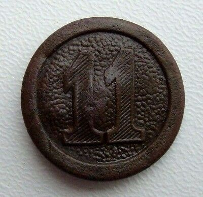 WW1 German Army Uniform Button with Number 11 S5