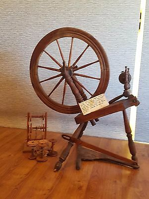 1800 Canadian antique spinning wheel