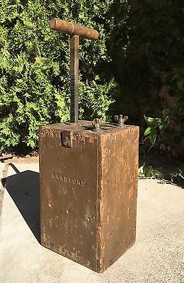 Antique HERCULES 50 Cap BLASTING MACHINE Railroad Mining