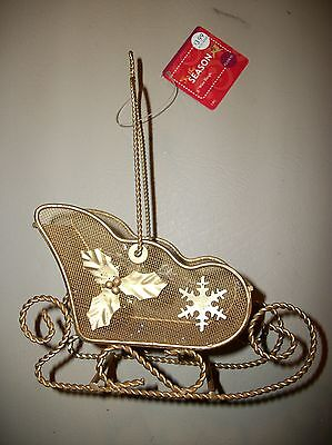 New w/tag--Gold-tone metal wire christmas/holiday sleigh ornament with glitter