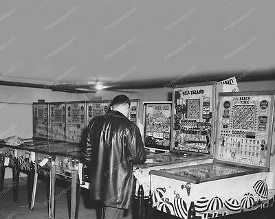 "Bingo Pinball Woodrails Confiscated 8"" - 10"" B&W Photo Reprint"