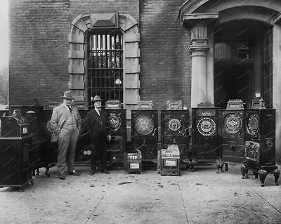 """Slot Machine Consoles 1921 Confiscated By Police 8"""" - 10"""" B&W Photo Reprint"""