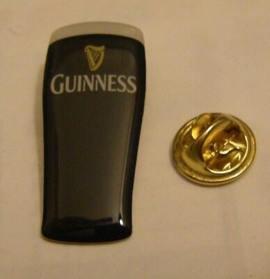 GUINNESS PINT vintage pin badge