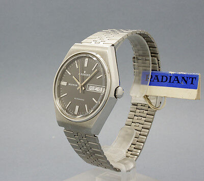 New Old Stock 36,5mm RADIANT BLUMAR AUTOMATIC vintage watch NOS ETA 2879