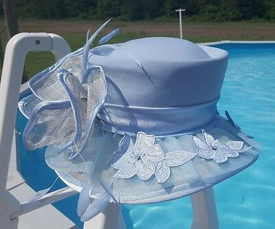 Champagne Italy Kentucky Derby Middleton Style Church Hat Baby Blue Feathers EUC