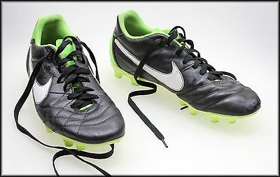 Nike Mens Football Boots Size 9 Aust 10 Usa
