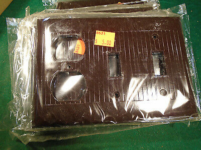 Vintage Bakelite 2 Toggle Switch & 1 Receptacle Plate Cover - Brown Nos   (8631)