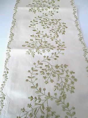 """NICOLE MILLER Gold Metalic EMBROIDERED FLORAL TABLE RUNNER ~ 16"""" x 70"""" ~ New"""