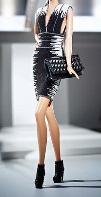 Tenue outfit fashion Barbie Hervé Léger ou fashion royalty Collector collection
