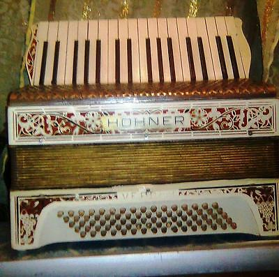 Accordion Hohner Verdi II