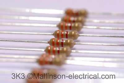 Pack of 10x 3k3 0.25W Carbon Film Resistor (3.3 k)