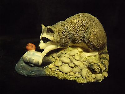 Vintage 1990 Lowell Davis 'washed Ashore' Schmid Raccoon Figurine